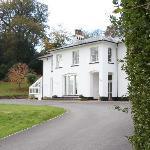 Appoach to Eastdon House