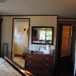 Iris Room - clean, comfortable