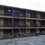 rooms in 2nb building