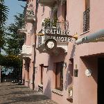 hotel catullo from the street