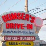 Foto de Dumser's Dairyland Drive-In - 49th Street