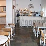 Bar und Frühstücksraum Hotel Manos