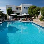 Swimming Pool Hotel Manos