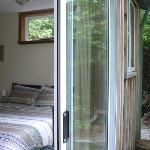 Foto de Emerald Forest Bed & Breakfast
