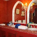 red marble bathroom