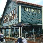 Orizuru is on ground floor of Mures