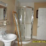 the rest of the bathroom