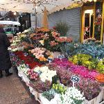 il mercato di Rue de Levis
