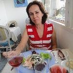 Salada de filés de peixes marinados. Delícia!