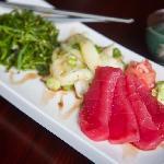 Tuna & Seaweed Salad Sashimi