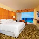 Oceanfront room with King bed
