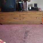 Dresser with one working drawe..