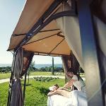 Massage im Freien - Hotel & Spa Iadera