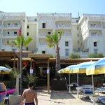 facciata + spiaggia