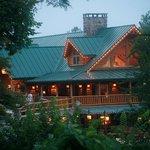 Smoke Hole Resort Lodge