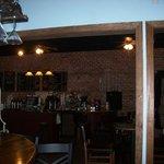 Cru Wine Bar & Beaufort Coffee Shop Foto