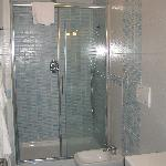 Excellent shower.