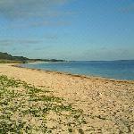 無人のビーチ