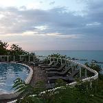 la piscina sul mare