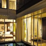 Exterior Pool Suite