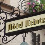 Uithangbord Hotel Heintz Vianden.