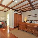 Shelbourne Villa - Master Suite