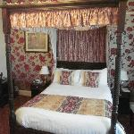 Four oster Bed!