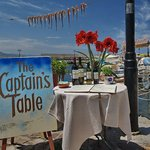 Foto van The Captain's Table