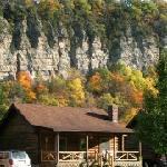 Foto de Smoke Hole Caverns & Log Cabin Resort