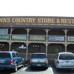 ‪Brown's Country Store & Restaurant‬