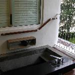 Plunge pool/bath tub on the balcony