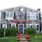 Front of Ship's Knees Inn