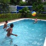 Pool area Viva Guesthouse