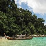 Koh Adang beach