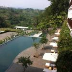 Rooms with balcony and view to valley/pool (33135927)