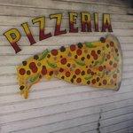 Island Pizzeria