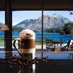 Moreno Lake Lounge