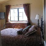 Venetia bedroom1