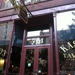 Фотография Kasey's Tavern
