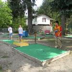 Challenging mini golf
