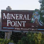 Very close to charming Mineral Point.