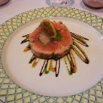 Rouleau de saumon et coeur de foie gras