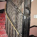 Antique style elevator