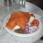smoked salmon with bagel