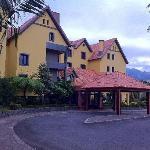 Hotel visto desde el exterior