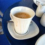 La tazza di caffè servita a colazione