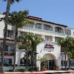 Charming all-suites hotel conveniently close to San Clemente beaches and other local attractions