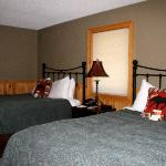 The Pines- bedroom photo 2