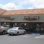Firehouse Subsの写真