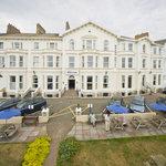 Bay Grand Hotel